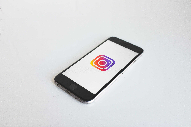 Go Viral on Instagram (Tips & Tricks)