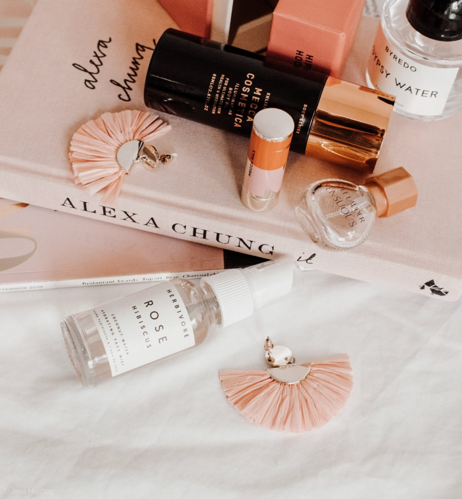 Wolf Global_Instagram Giveaways_Beauty Giveaway