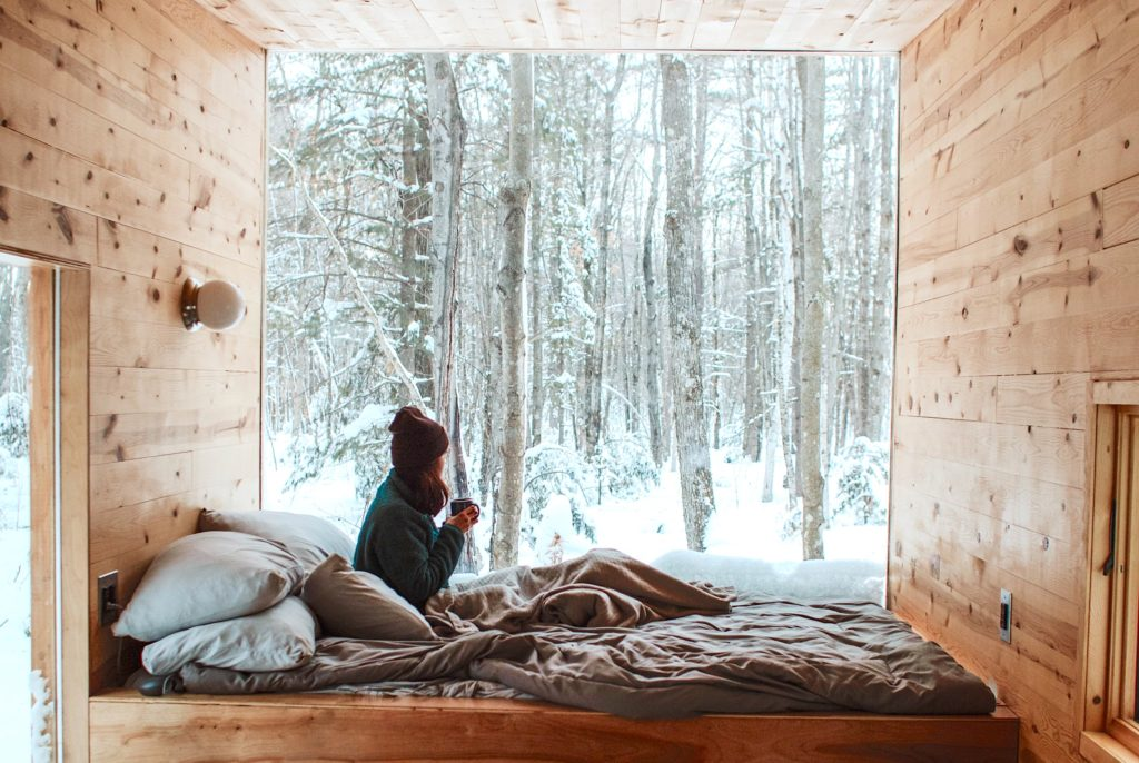 Wolf Global_Winter Photoshoot Ideas for Instagram_Snow Days At Home