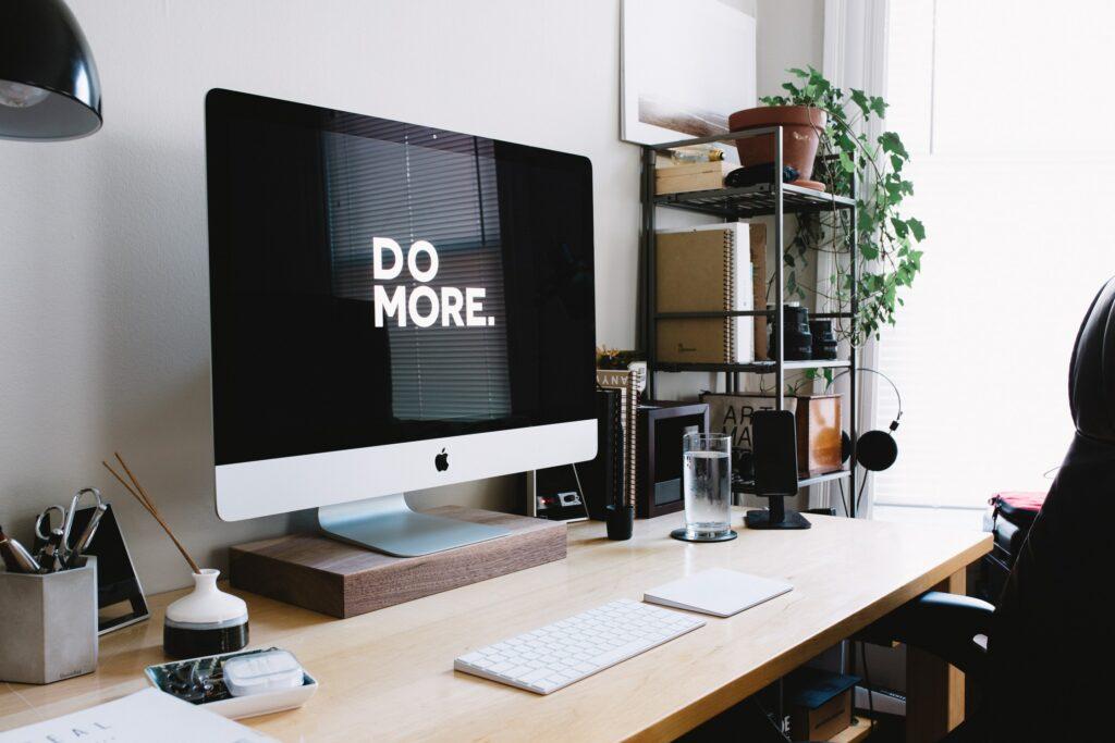 Wolf Global_Time Management Tips_Desk